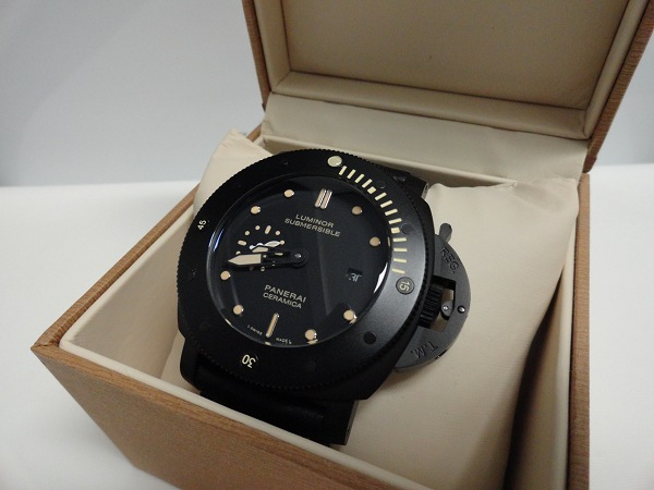 Replique Panerai Luminor Submersible Ceramica