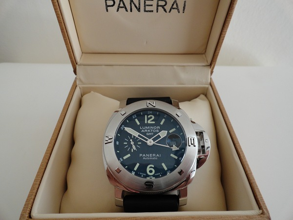 Replique-Panerai-Arktos-GMT